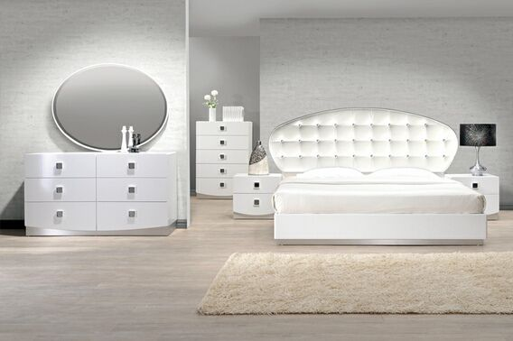 4 pc france white lacquer finish wood modern style queen - Contemporary bedroom sets for sale ...