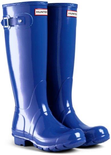 I need cobalt blue wellies!!