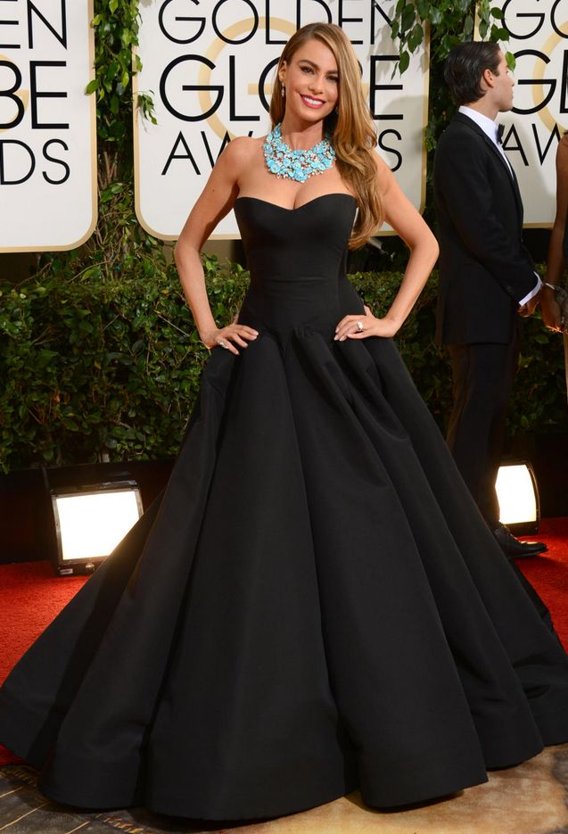 SV in Zac Posen, Golden Globes 2014