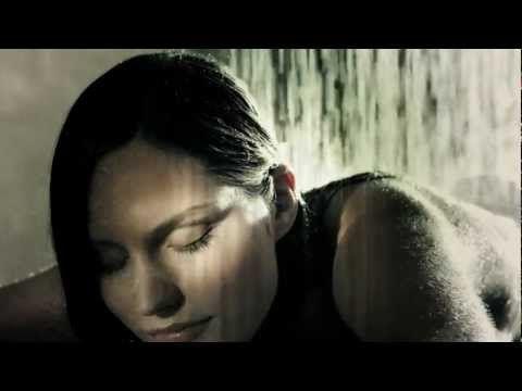 Whaaaa??? Shower and sleep at the same time???