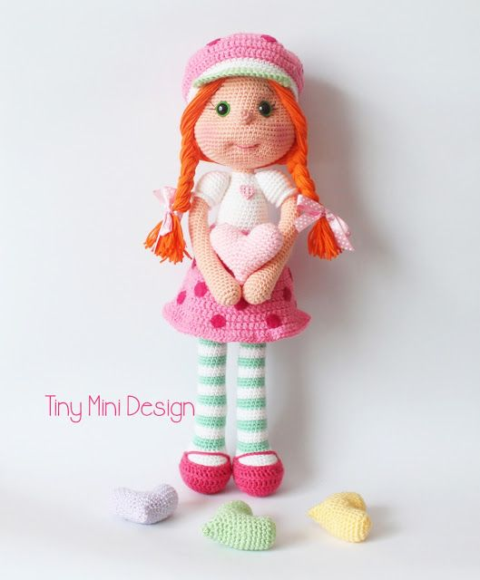 Çilek Kız Kostümlü Bebek-Amigurumi Strawberry Girl Costume Doll