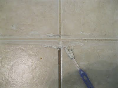 how to clean grout and other mold infested parts of your shower or tub {as ours is disgusting} 3/4 cup baking soda, 1/4 cup bleach - leave for 10 minutes. use a toothbrush to scrub, wipe up with hot water