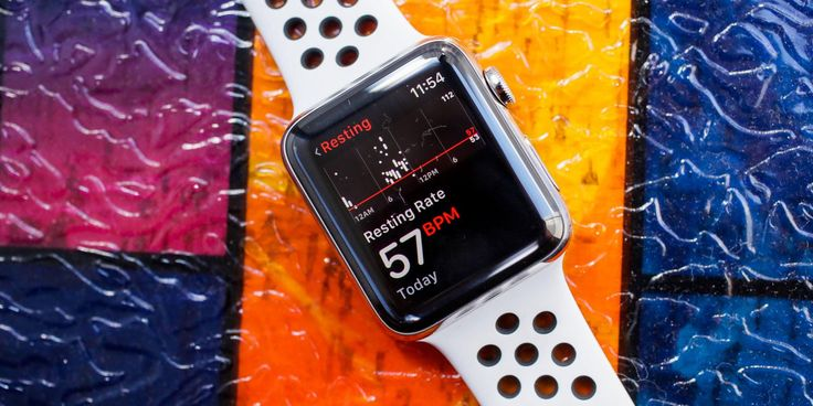 Apple Watch Series 3 review: A dash of iPod and a bit of iPhone for your wrist—The Apple Watch Series 3 offers built-in cellular for data and even phone calls. It works remarkably well, but not without a cost—in battery life and money; Details>