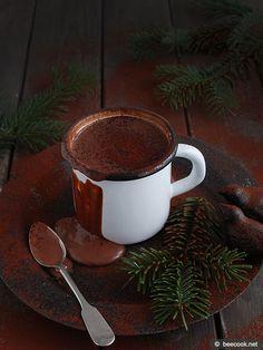 Простой рецепт приготовления горячего шоколада.