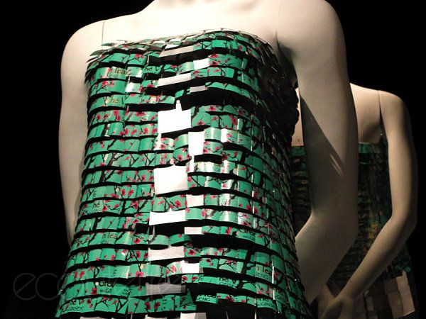 'Charlestea Dress' by Maude Lapierre, from 75 Arizona ice tea cans!