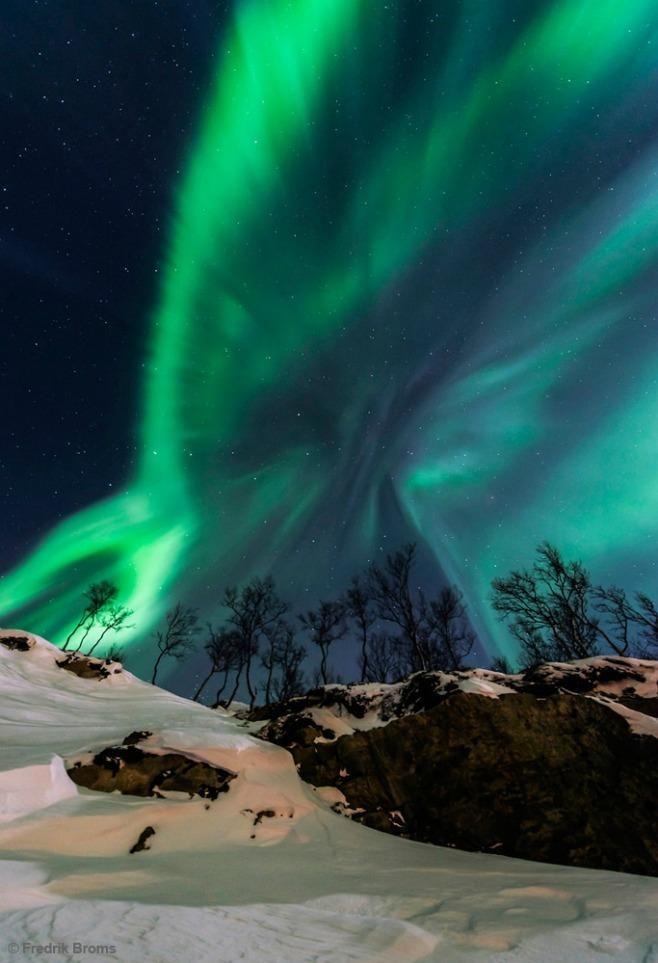 Solar Storm. Earth & Sky Photo Contest Winners 2013 | Photos | Smithsonian Magazine