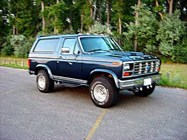A Ca Db Ffca Be C C Ford Bronco Pickup Trucks on Ford Bronco Fender Flares