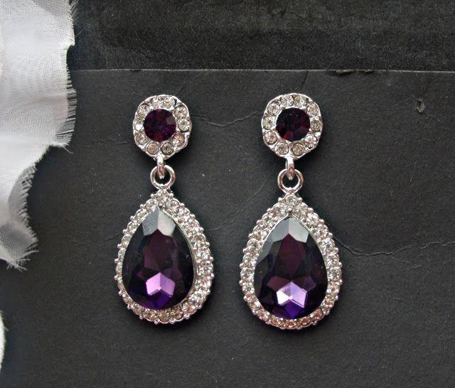 queenBEAD - bijuterii si accesorii pentru mirese : VANDUTI.......................... Cercei mireasa sau de ocazie mov inchis - pret 28 lei