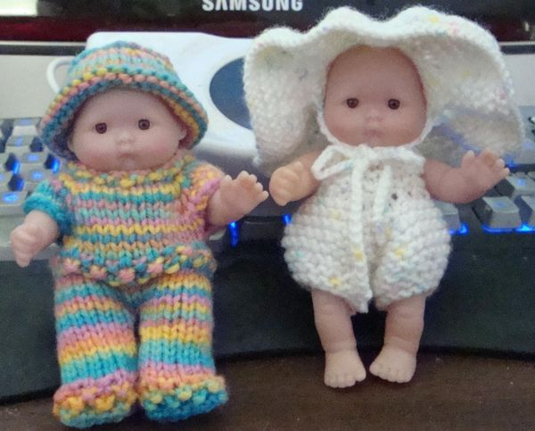 How To Knitting Patterns For Beginners : 5-inch ITTY BITTY BABY DOLL KNITTING PATTERN baby dolls Pinterest Jumps...