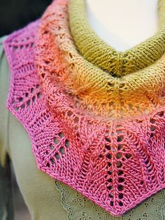 Knitted shawl on ravelry