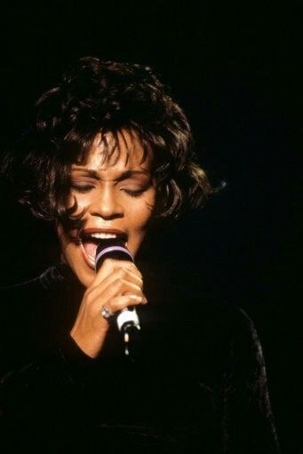 Pin by Vonsha Wash-Weary on Whitney Houston!!!! in 2019