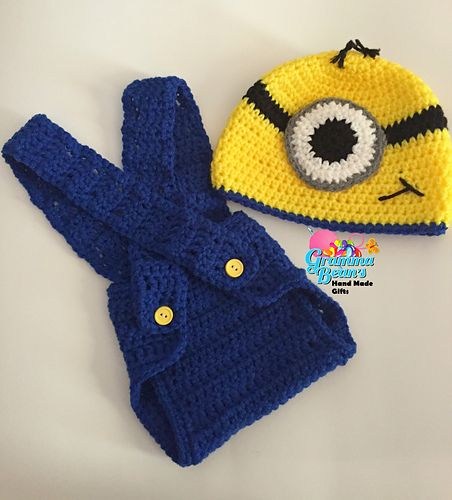 This pattern set is for a minion beanie and a diaper cover with suspenders. The hat comes with instructions for sizes newborn to adult. The diaper cover is for sizes newborn to 6 months only.