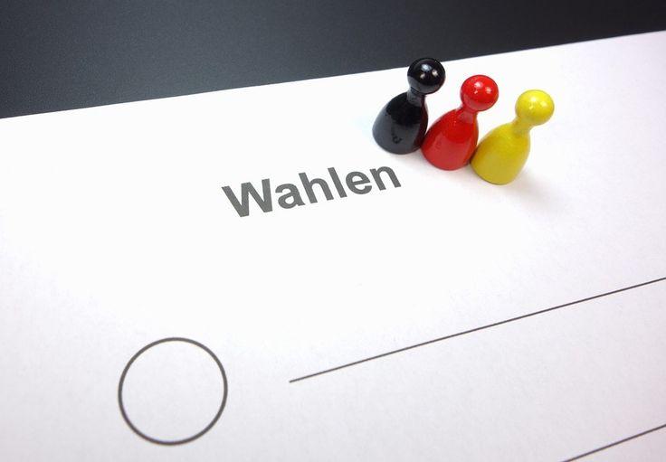 Bundestagswahl 2017: Lieber nicht die Etablierten wählen?  Die allgemeine Situation in Deutschland und Europa, sowie die sogenannte Politikverdrossenheit, also der Glaube, dass sich durch die eigene Stimme ja sowieso nichts ändert, machen und derzeit weiter lesen