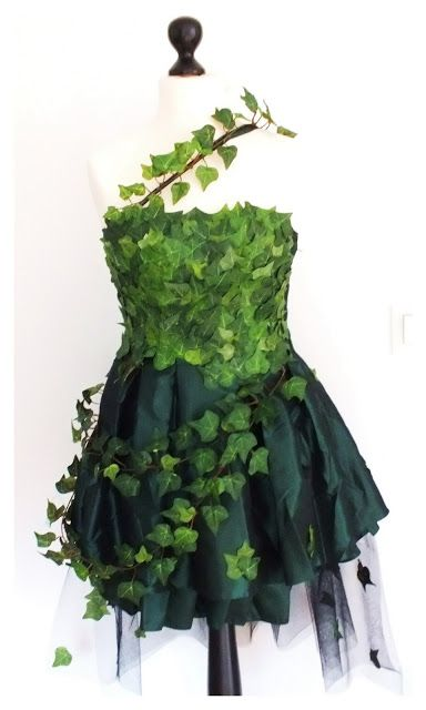 Green Fairy dress, a bit more poison ivy than I'm looking for.