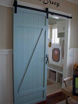 Voor een geweldige authentieke sfeer in de slaapkamer of woonkamer zijn de klassieke schuifdeuren fantastisch. Het is vooral het gevoel van gezelligheid en de industriële look.. Vraag simpel een folder aan bij deursystemen@gmail. com