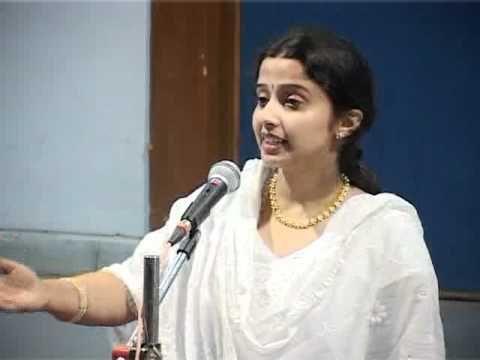 "Mahalakshmi Shenoy sings Marathi Abhang of Sant Tukaram ""Bheti lagi jeeva "" at Jamnagar"