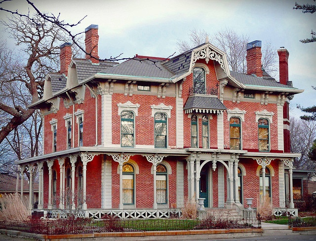 Love this Victorian home, minus the pink exterior color