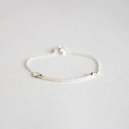 Perlen Armband, winzige zarte kleine Armband, einfache dünne Armband, Pearl Farbe Armband