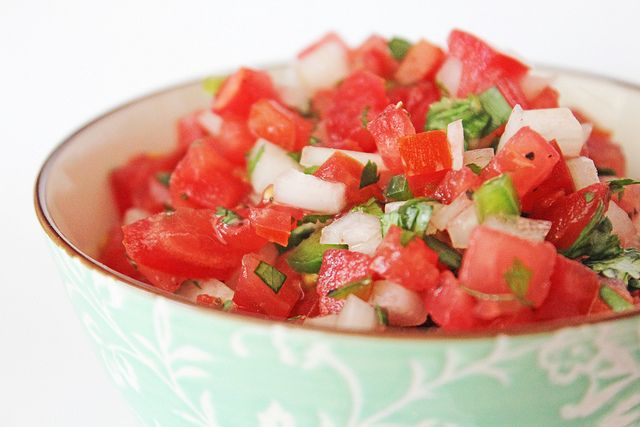 fresh summer salsa recipe {Stellaire}
