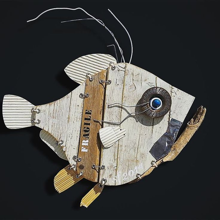 """354 Likes, 14 Comments - ScoobaFish Art - OFFICIAL (@scoobafishart) on Instagram: """"Fresh Fish last Sculpture #wallsculpture #recycledwood #driftwood and #discardedobjects  FOllOW ME…"""""""