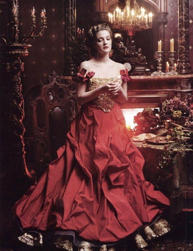 Drew Barrymore transformée en Belle, par Annie Leibovitz