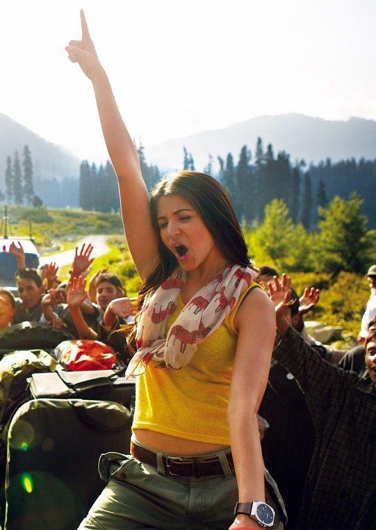 Anushka Sharma in Jab Tak Hai Jaan (2012)   Superheldinnen ...