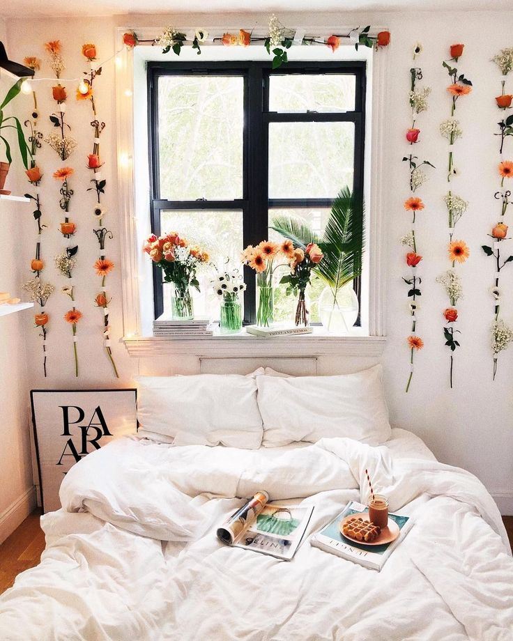 """Viktoria Dahlberg on Instagram: """"Waking up in @brooklinen and it feels so good! Nothing beats the smell of fresh silk sheets and fresh flowers ✨ Follow @Brooklinen to stay…"""""""