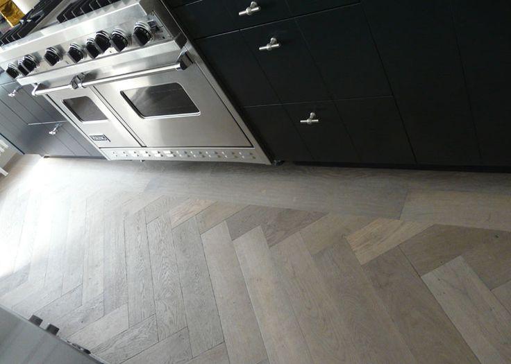 mooie vloer van Soares vloeren, zij zitten bij Co van der Horst in