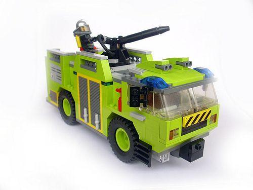 amazing lego trucks   Horns of an awesome vehicular dilemma   The Brothers Brick   LEGO Blog