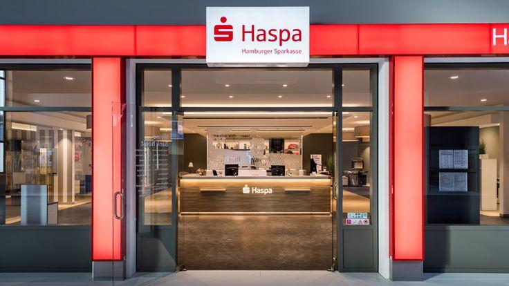 Im neuen Designkonzept der Hamburger Sparkasse wird die Bankfiliale als Kernelement einer Multikanal-Strategie positioniert