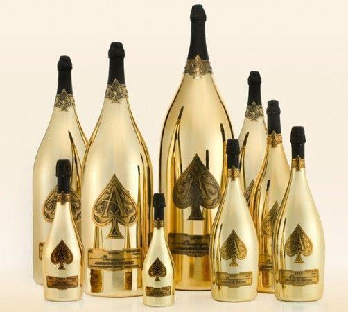 Colectia de sampanie Dynastie costa 500.000 de dolari --> Detalii pe www.luxul.ro