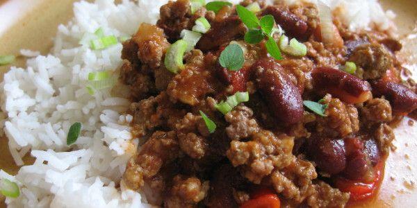 Chilli i bez chilli:-) Na tomto si pochutná celá rodina, malé děti tohle jídlo milují, je červené:-)    Budete potřebovat:    0,5 k