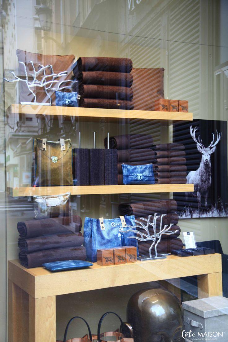 87 best les magasins et les vitrines c t maison images on. Black Bedroom Furniture Sets. Home Design Ideas