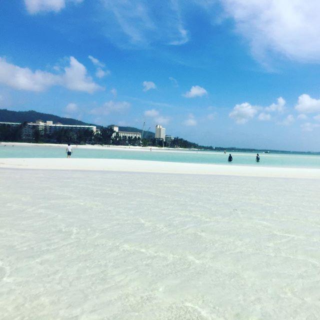 【_made_k_s_】さんのInstagramをピンしています。 《マイクロビーチ #saipan #microbeach #tinian #rota #mariana #beach #マイクロビーチ #テニアン #ロタ #マリアナ #ハファダイ #北マリアナ諸島 #海 #綺麗 #白い砂浜 #透明度抜群 #マリアナカレンダー2017》