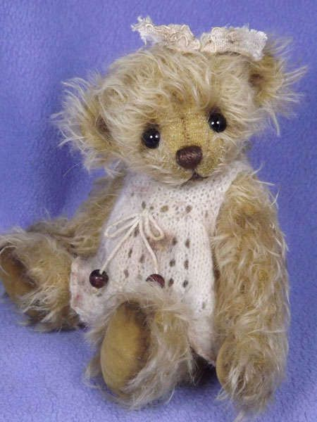 PATTY by By VALEWOOD BEARS   Bear Pile
