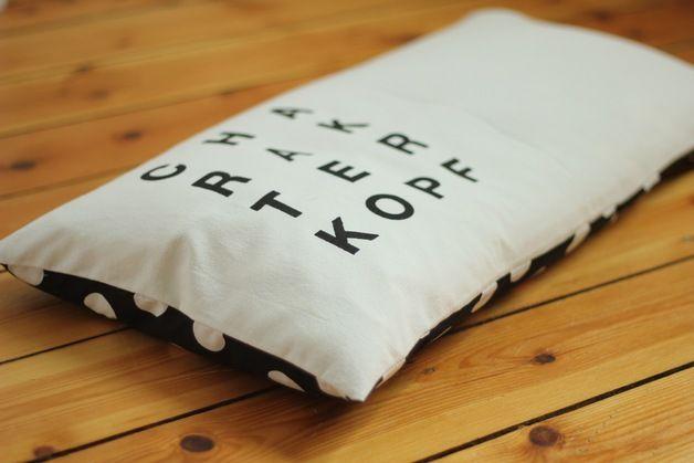 """Fensterbankkissen """"Charakterkopf"""", Bio-Dinkelspelz - another cutre pillow for our catwalk!"""