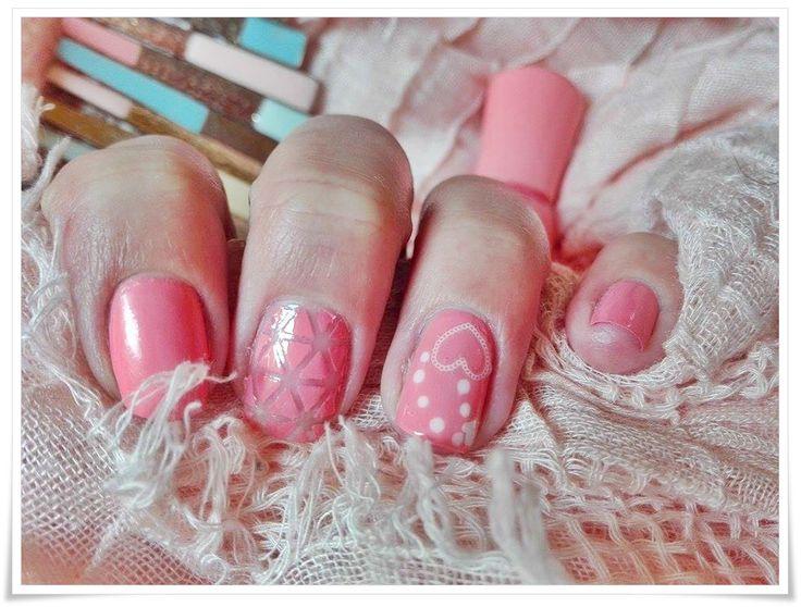 Rose manicure Spring feeling