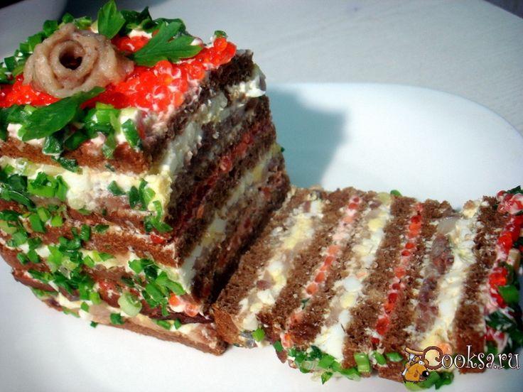 Шаг №9 - При подаче нарезаем на отдельные бутерброды.
