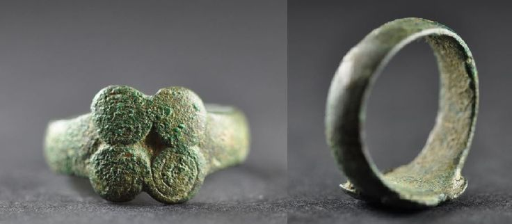 Amlash bronze ring with spirals 7, 1st millenium B.C. Amlash bronze ring with spirals, 1.4 cm long bezel, 2 cm diameter ring size, 6.9 gr weight. Private collection