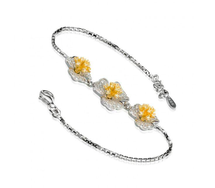 Luxusní stříbrný náramek s květy a zirkony