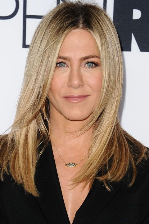 The BEST blonde celebrity hair color and highlights to show your stylist asap: Jennifer Aniston