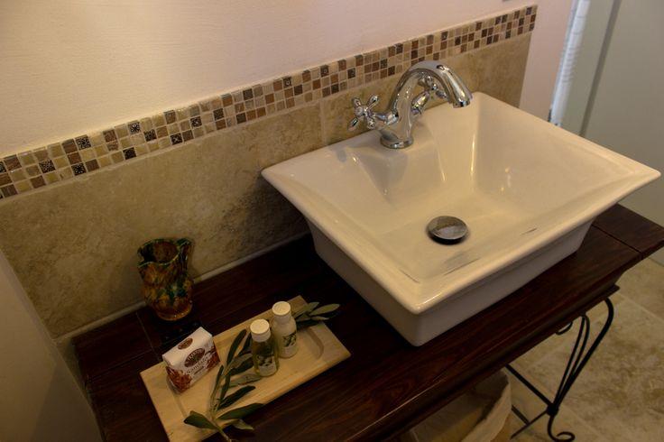Le Fogge casa vacanze – Bagno piano inferiore lavandino