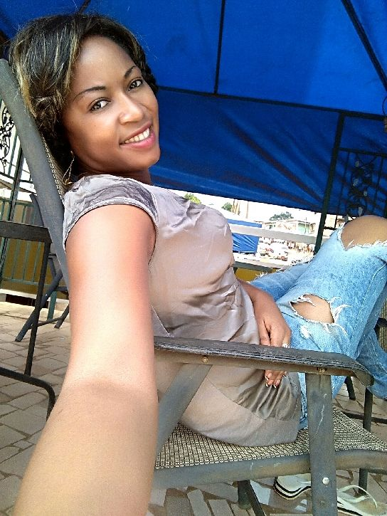 Rencontrer Romeny, Une femme de 34 ans, Yaoundé,