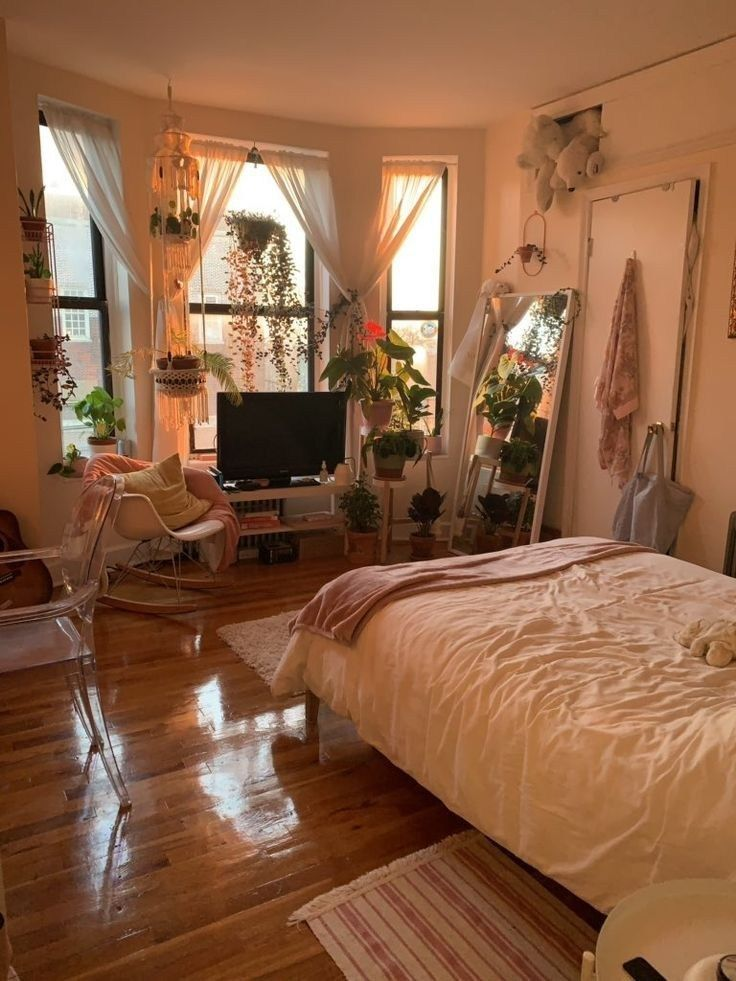 50 Small Apartment Bedroom Decorating Ideas On A Budget 35 Bedroomideas Apartmentideas Agilshome Com College Bedroom Decor Aesthetic Bedroom Dream Rooms