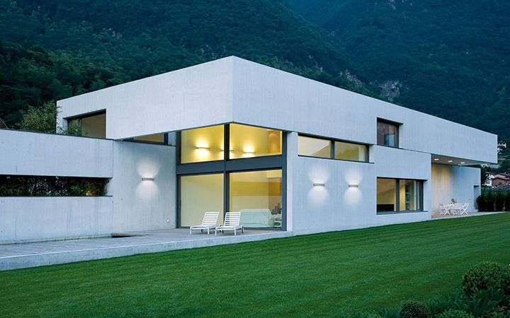 Architectural outdoor lighting made in Italy