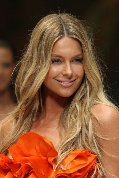 Jennifer Hawkins - Gallery Photo