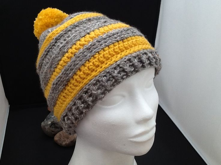 Bobble hat crocheted for nephew...hope it fits! By Nic underwood.
