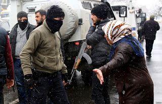 Ειδικές δυνάμεις καταδρομέων στέλνει η Τουρκία στο Ντιγιαρμπακίρ