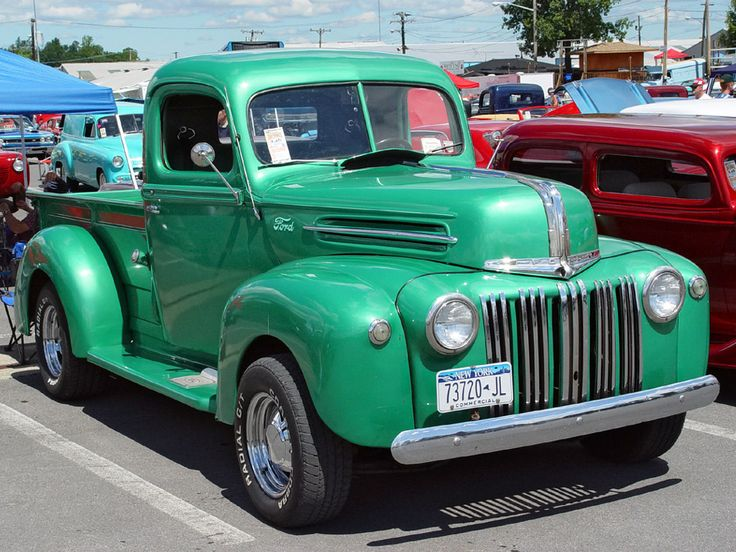 1947 Ford Pickup Green Front Angle Awesome Autos
