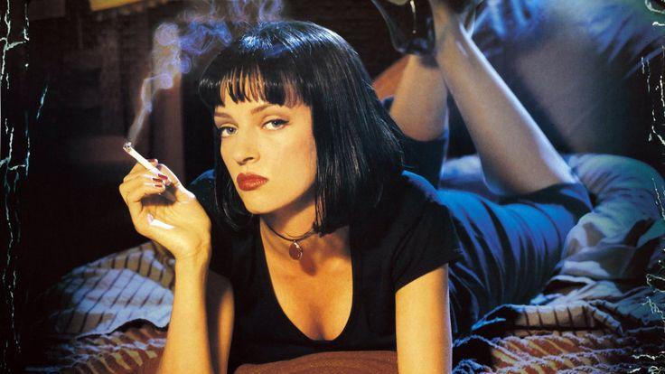 """Uma Thurman A atriz apareceu no filme """"Pulp Fiction"""", em 94, com um corte chanel, com fios na altura do ombro e franja cheia"""